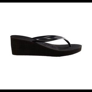 Havaianas wedge flip flop brand new!